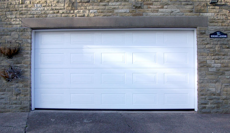 Garage Doors Huddersfield & Garage Doors Huddersfield | The Garage Door Team