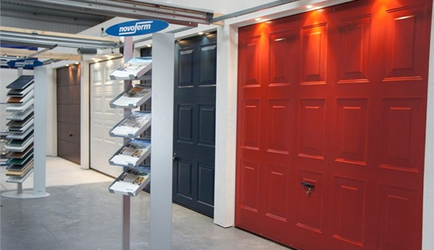 Cardale garage doors garage door brands for Garage door repair roy utah