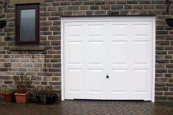 Garage Doors Halifax & Garage Doors Halifax   The Garage Door Team